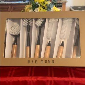 COPY - Rae Dunn 7 piece brush set